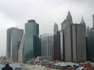 Tall buildings of Wall street. (CC-BY-SA: flickr-burker: samat jain)