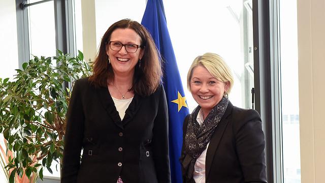 EUs handelskomissær og TTIP-sjef Cecilia Malmstrøm med Næringsminister Monica Mæland fra Høyre.