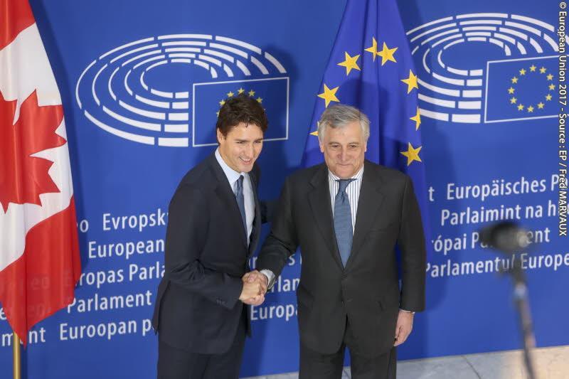 Canadas presient Justin Trudeau og Europaparlamentets presiden Antonio Tajani