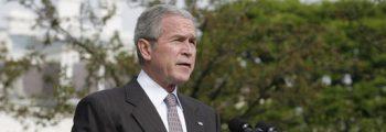 Bush redder bankene