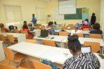 Kvinner i Nigeria på kurs