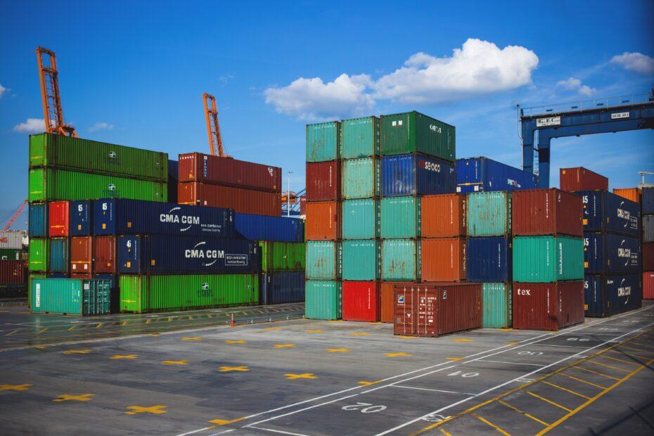 Containere i en havn